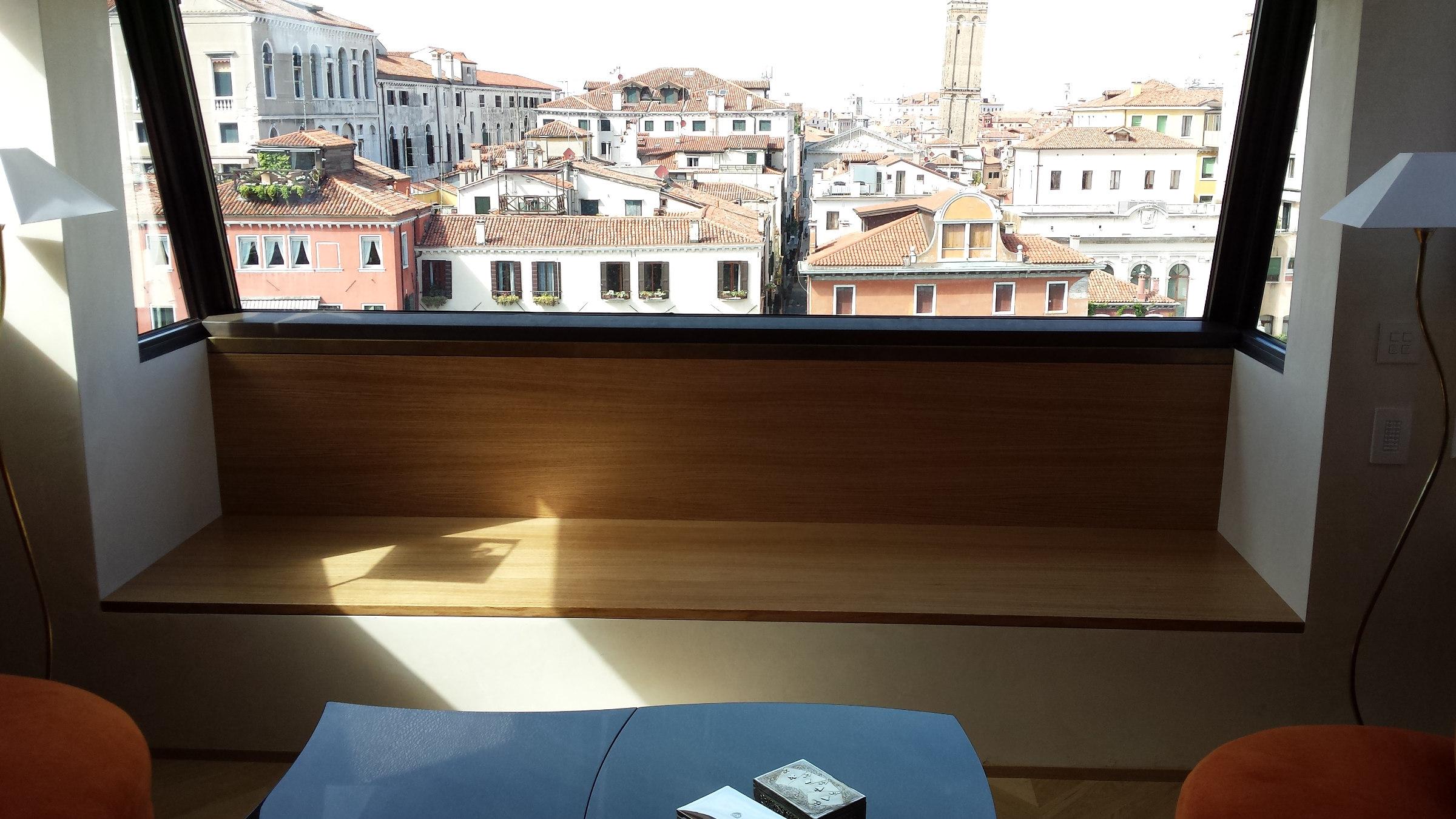 Restauro di un palazzo storico a venezia for Arredamento venezia