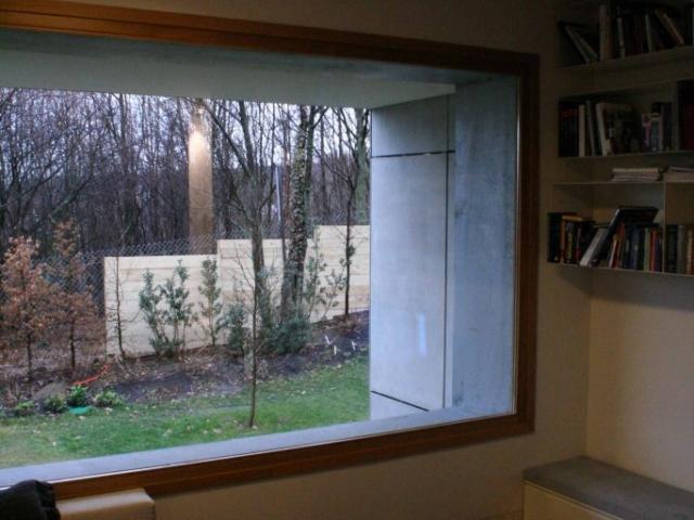 Window in solid oak wood