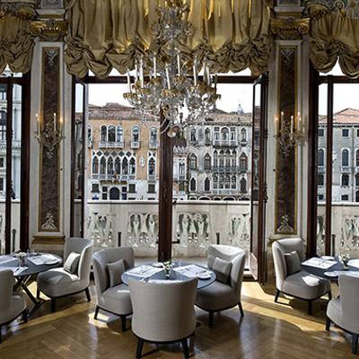 Palazzo Papadopoli arreadmento interni