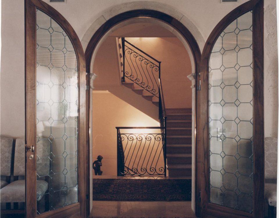 restaturo porta in legno antico atelier tonini