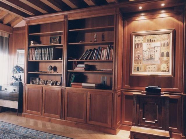 Libreria in noce nazionale finito a gommalacca